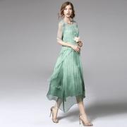 怡人的外贸女装十大品牌